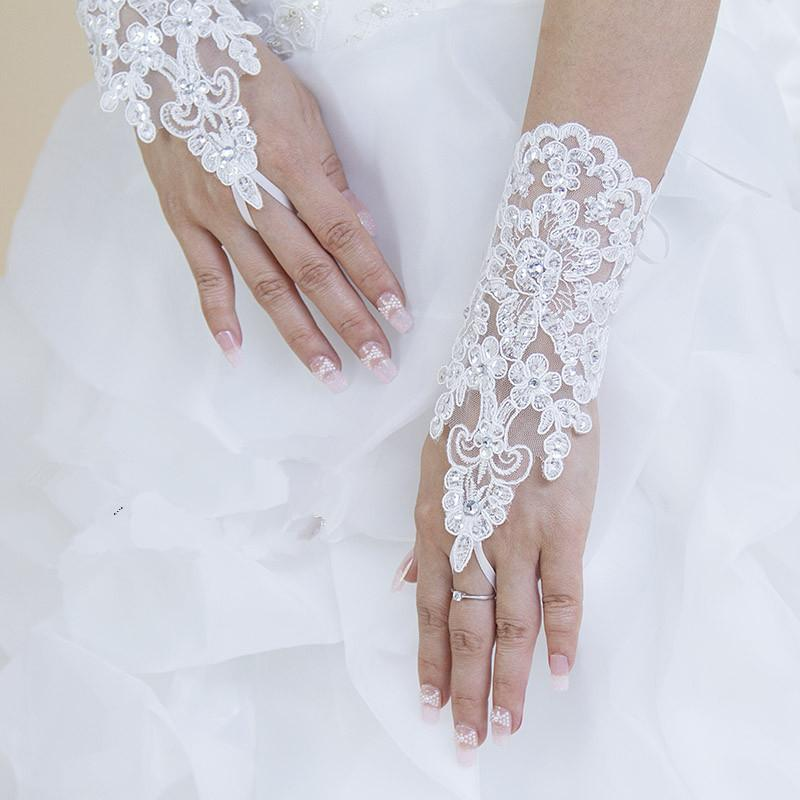 Home Bridal Accessories Gloves White Lace And Sequins Fingerless